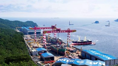 Photo of Cosmoship orders container vessels at DaeSun