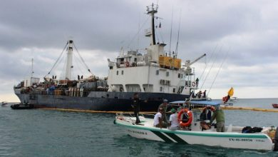 Photo of State of emergency declared as ship runs aground off Galápagos islands