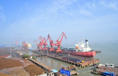 New terminal starts trial operation at Jiangyin port