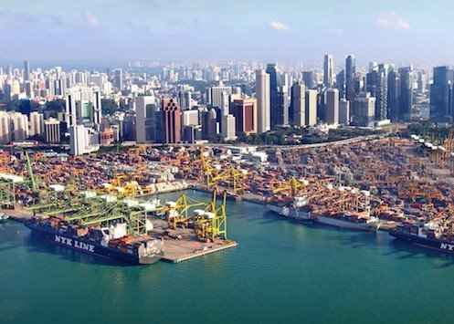 Singapore slashes port dues for container vessels