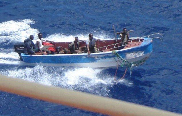 Chinese hand three pirates to Puntland authorities