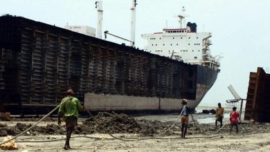 Photo of Greeks lead ship scrapping this week, including three capesizes