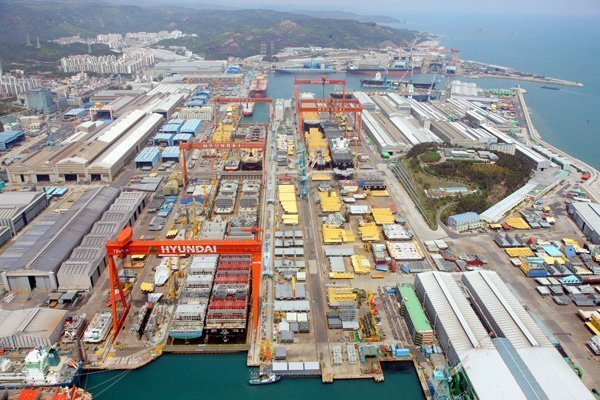 Other Korean yards look on anxiously as HHI braces for strikes