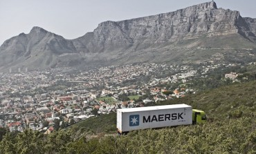 A. P. Moller-Maersk aims for $4.94bn from bank sale