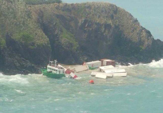 Storm smashes ship to bits off Phuket