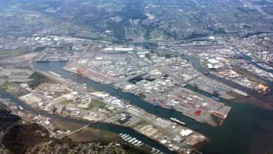 Photo of Fire in refinery at Tacoma port burns for two hours