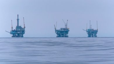 Photo of Russian and Iranian shipyards sign agreement to build oil rigs