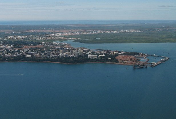 Chinese firm takes over Darwin port
