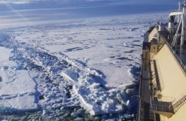 Global gas trades reshaped as ship crosses Northern Sea Route unassisted from Yamal to China