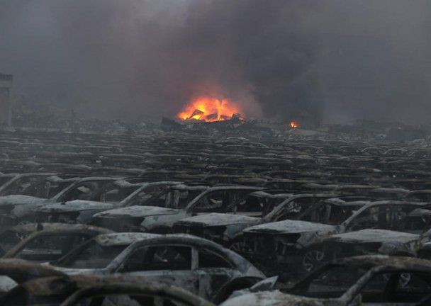 Tianjin explosion disrupts operations of shipping and offshore firms