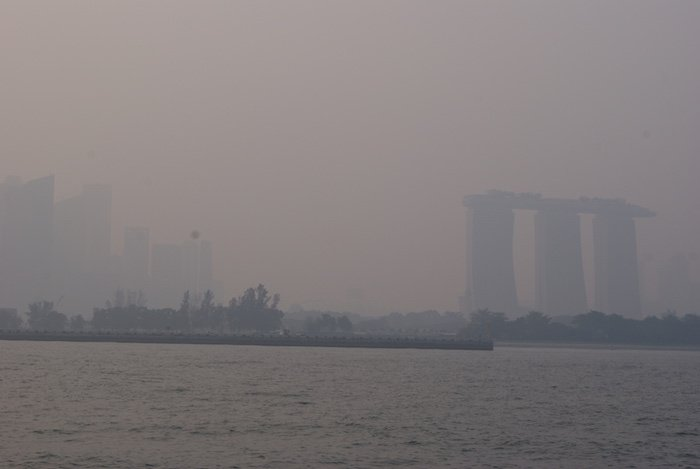 Singapore's maritime drawcard trumps annual haze