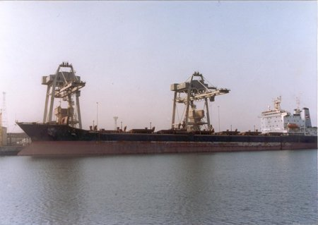 Rival unions brawl at Paradip port