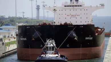 Photo of Ethics agency looking into treatment of Panama Canal tugboat captains