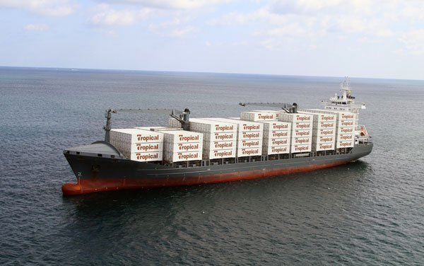 Port of Palm Beach signs new 10-year contract with Tropical Shipping