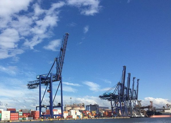 China Merchants set to buy share of major Brazilian port