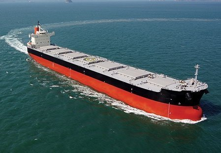 Dry bulk orders quadruple in 2017 led by kamsarmaxes