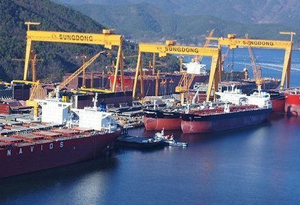 South Korean shipbuilding workforce halves in just three years