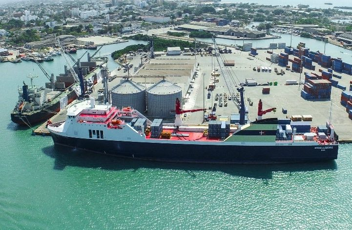 Goldman Sachs fund buys into Colombian port operator