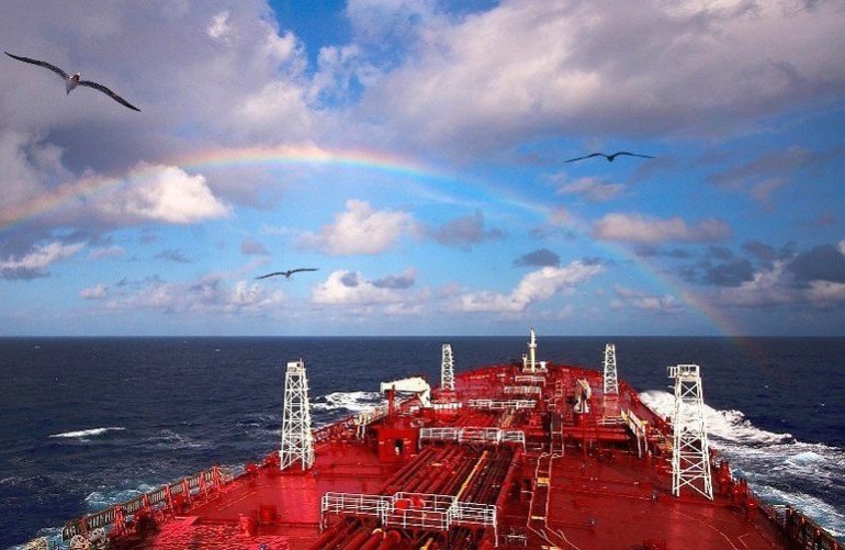 Nordic American Tankers sells three more suezmax tankers