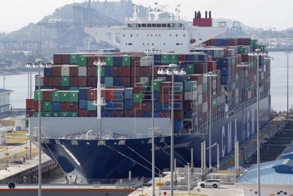 Citing climate change, Panama Canal institutes $10,000 fresh water surcharge