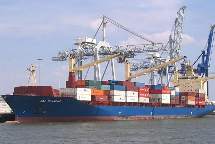 MPC Capital adds three more panamax boxships