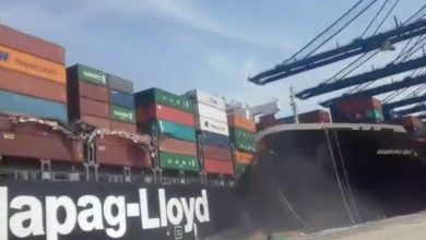 Photo of Dramatic boxship collision in Karachi caught on video