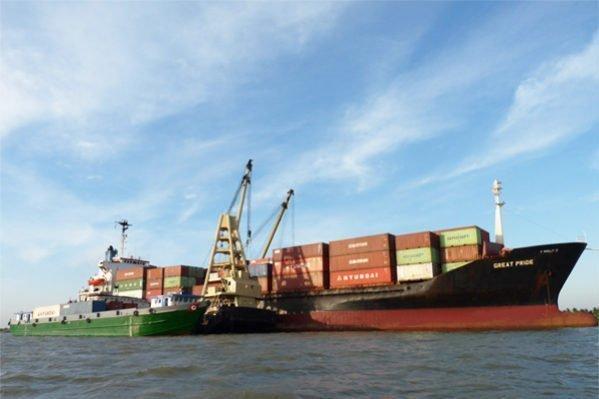 Gemadept Shipping snaps up feedermax from Tsurumi Kisen