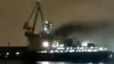 Photo of Fire rips through cursed giant Russian icebreaker newbuild
