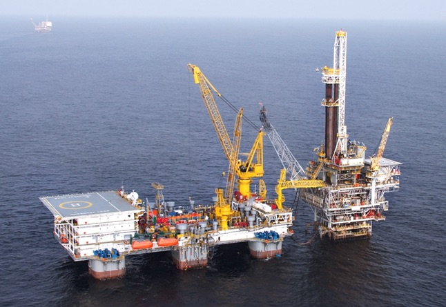 Seadrill semi-tender rig wins six-well deal in Cote d'Ivoire