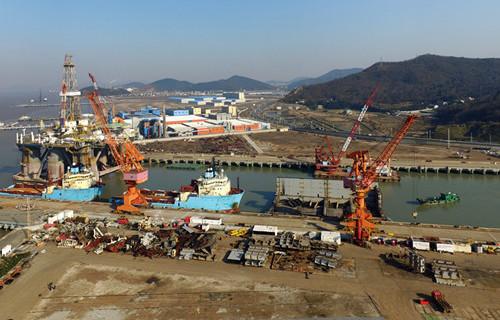 Calls grow for Beijing to scrap ship recycling ban