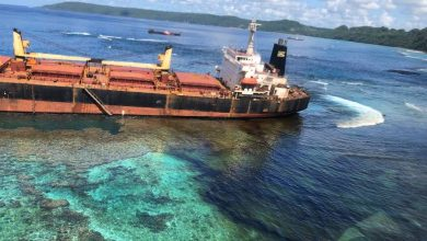 Photo of Salvors succeed in containing Solomon Trader spill