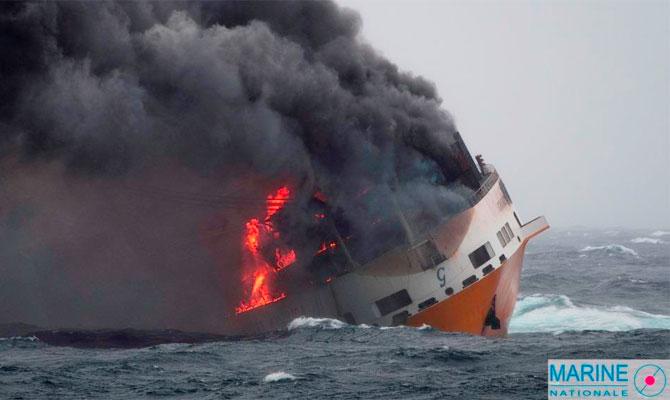 Grande-America-sinking-.jpg