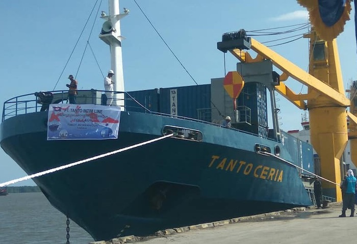 Tanto Intim Line takes H Schepers boxship