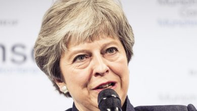 Photo of Theresa May puts pressure on IMO to ensure shipping decarbonises
