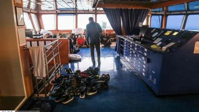 Photo of Iran releases images of detained Stena Impero crew as UK readies response