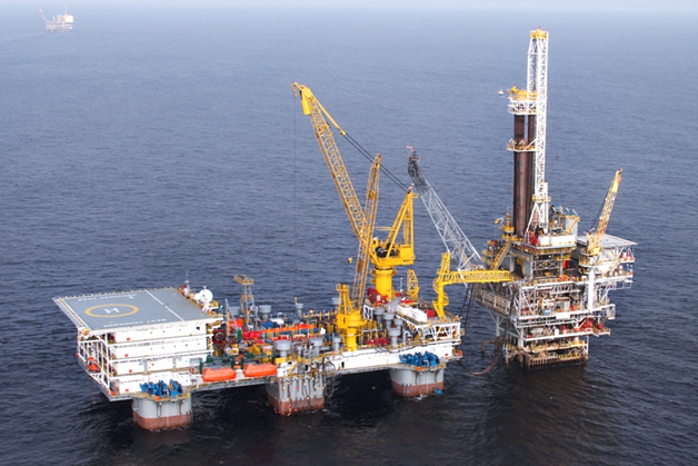 Seadrill Partners takes $20m hit from semi-tender termination