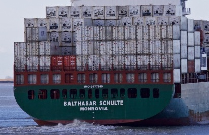 Borealis Finance acquires panamax boxship from Thomas Schulte