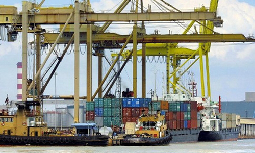 Toxic gas kills at least five at Karachi Port