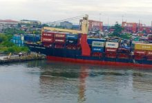 Photo of Feeder boxship slams into pier at Manila port
