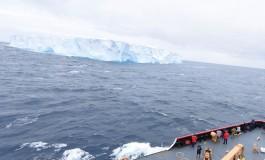 Giant Antarctic iceberg poses hazard to shipping