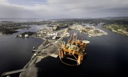 Bergen Group offloads rig yard