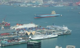 Busan port adding 15 more berths