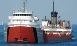 Efforts continue to refloat cargo ship grounded in Lake Superior
