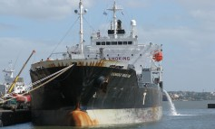 Collision causes temporary shutdown of Houston Ship Channel