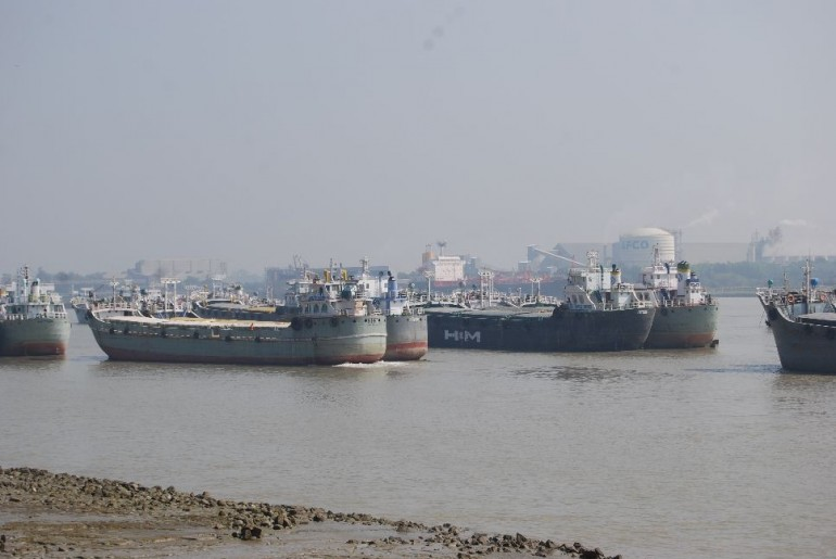 Officials take action as congestion sees boxships waiting for 12 days off Chittagong