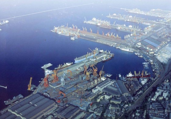 China Merchants takes control of Liaoning's ports