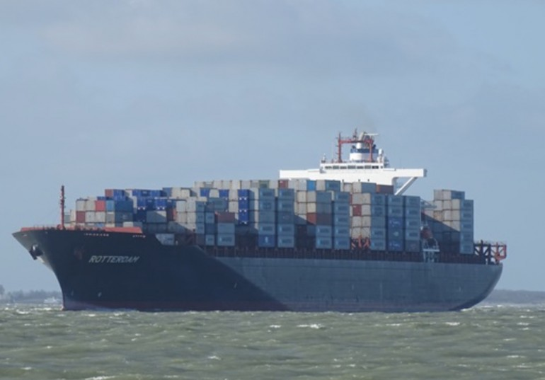 Diana Containerships brings vessel out of lay-up for OOCL charter