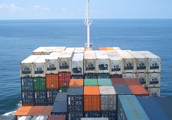 Oman Shipping planning to buy its first containerships
