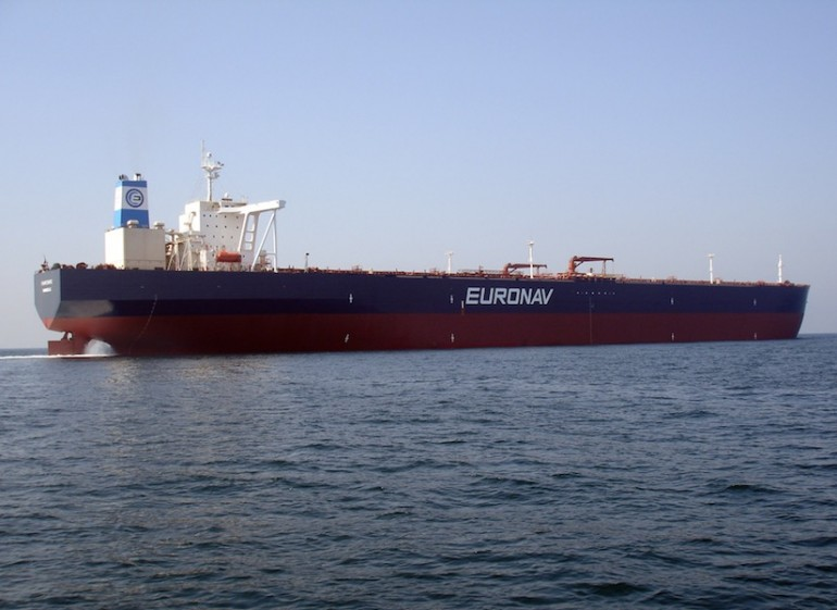 Euronav readies to refloat grounded VLCC