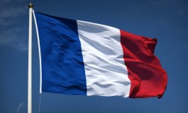 France complies with EC flag rules